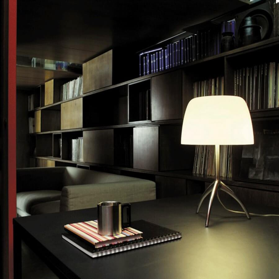 lumiere tavolo piccola cromo nero on off la luce. Black Bedroom Furniture Sets. Home Design Ideas
